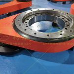 S-III-O-0431 Three series heavy load external gear full protection special flange spur gear slewing drive