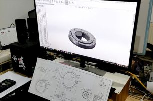 A qualified slewing bearing requires a lot of people's efforts