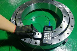 020.25.560 precision double row ball slewing bearing